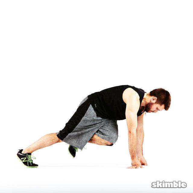 How to do: Opposite Knee Mountain Climber - Step 3