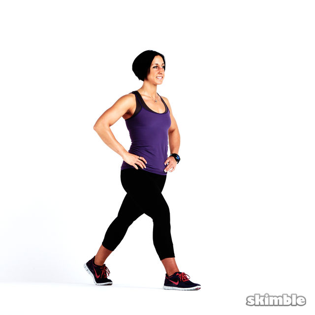 How to do: Glute Reverse Lunges - Step 8