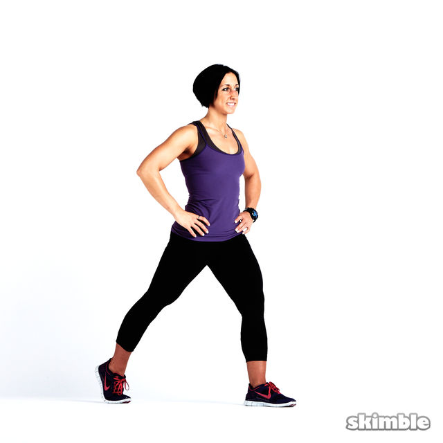 How to do: Glute Reverse Lunges - Step 2