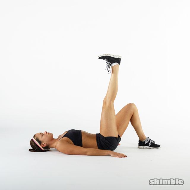 How to do: Straight Single Leg Floor Bridges - Step 4