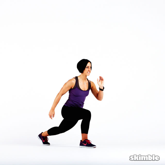 How to do: Plyo Lunges - Step 3