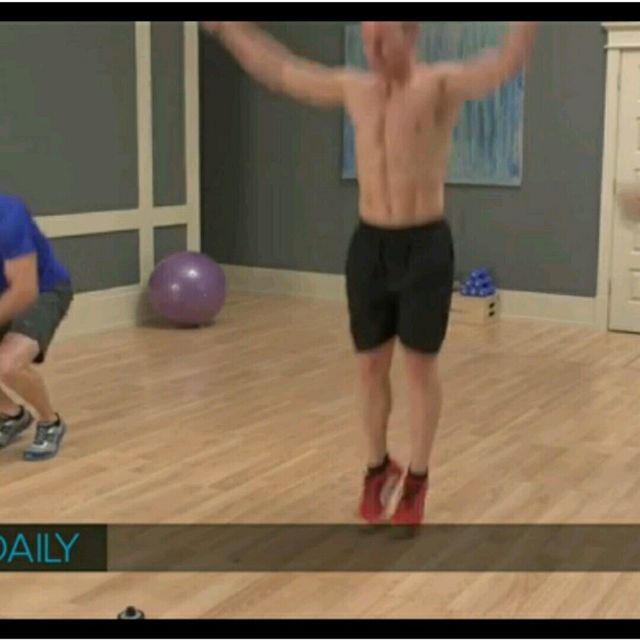 How to do: Push Up, Mountain Climbers, Jumping Jack - Step 4