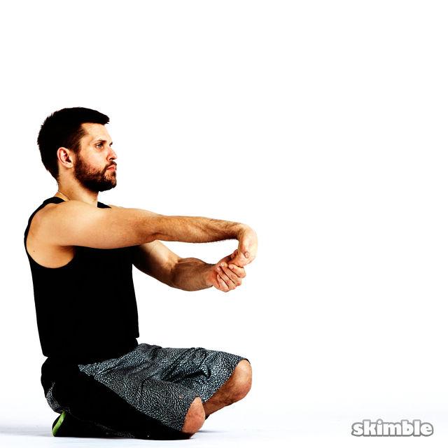 How to do: Underhand Wrist Flexor Stretches - Step 6