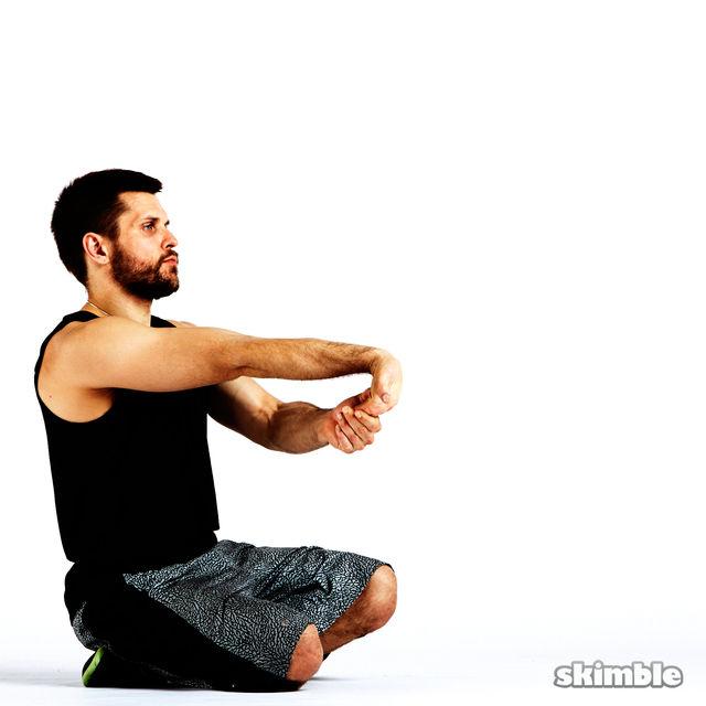 How to do: Underhand Wrist Flexor Stretches - Step 5