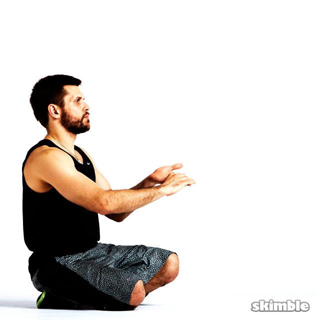 How to do: Underhand Wrist Flexor Stretches - Step 2
