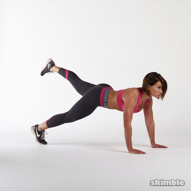 How to do: Full Plank with Leg Lifts - Step 1