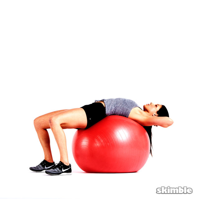 How to do: Ball Crunches - Step 1