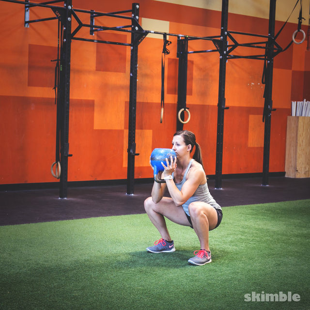 How to do: Kettlebell Goblet Squats - Step 3