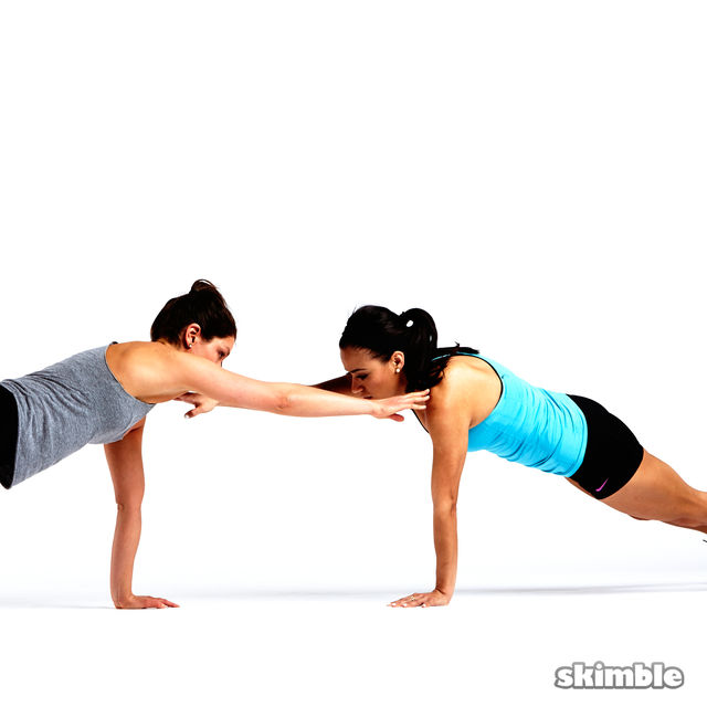 How to do: Partner Push-Ups with Shoulder Taps - Step 6