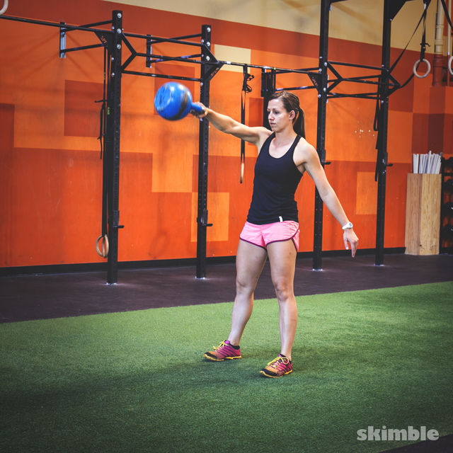 How to do: Right Arm Kettlebell Swings - Step 2