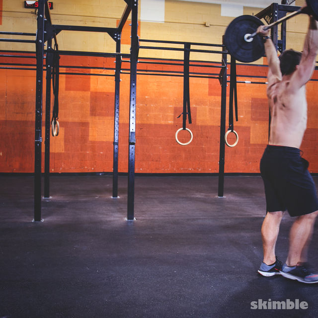 How to do: Overhead Barbell Walk - Step 3