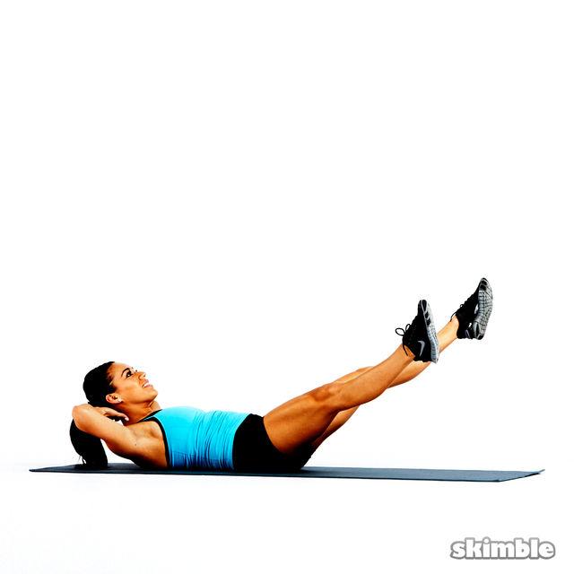 How to do: Scissor Cross Crunches - Step 5
