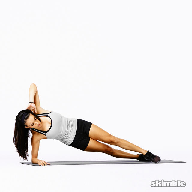 How to do: Right Side Plank Rainbows - Step 3