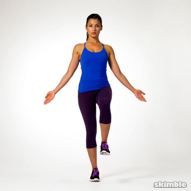 How to do: Right Leg Balance with Eyes Closed - Step 1