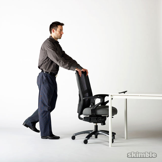 How to do: Chair Butt Kickers - Step 3