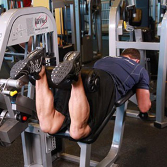 How to do: Lying Leg Curls - Step 2