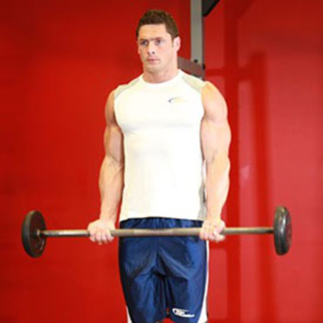 How to do: Standing Barbell Curls - Step 1