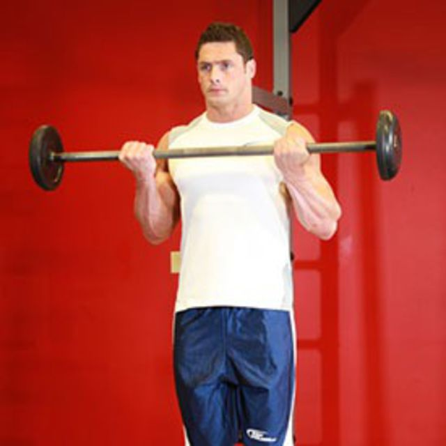 How to do: Standing Barbell Curls - Step 2