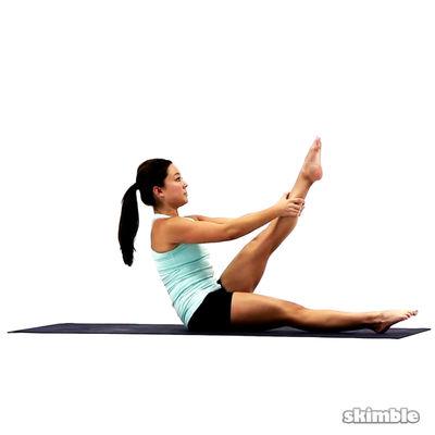 Elevación de la pierna izquierda en Pilates