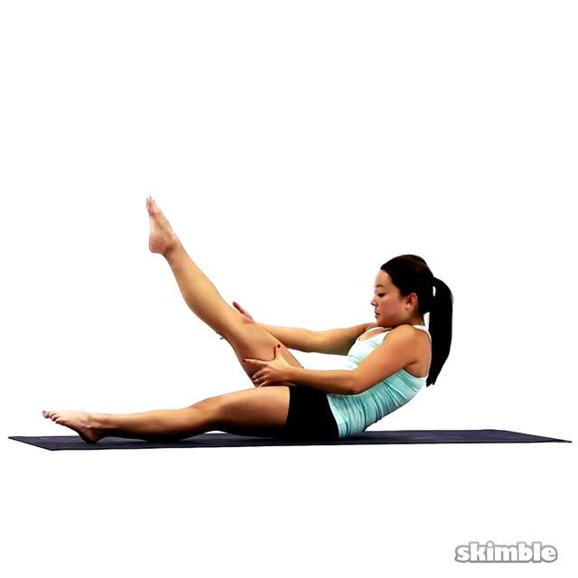 How to do: Pilates Right Leg Climbs - Step 4