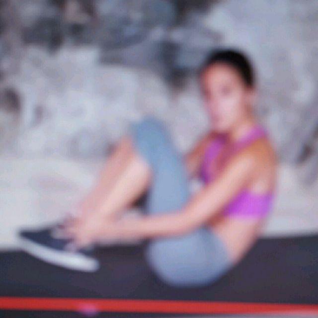 How to do: Klappmesser + Heel Touch - Step 2