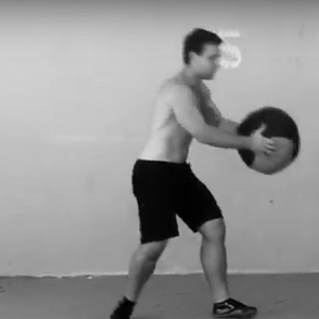 How to do: Medicine Ball Rotational Slam - Step 5