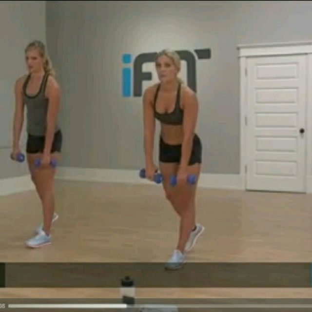 How to do: One Leg Deadlift To Reverse Fly - Step 2