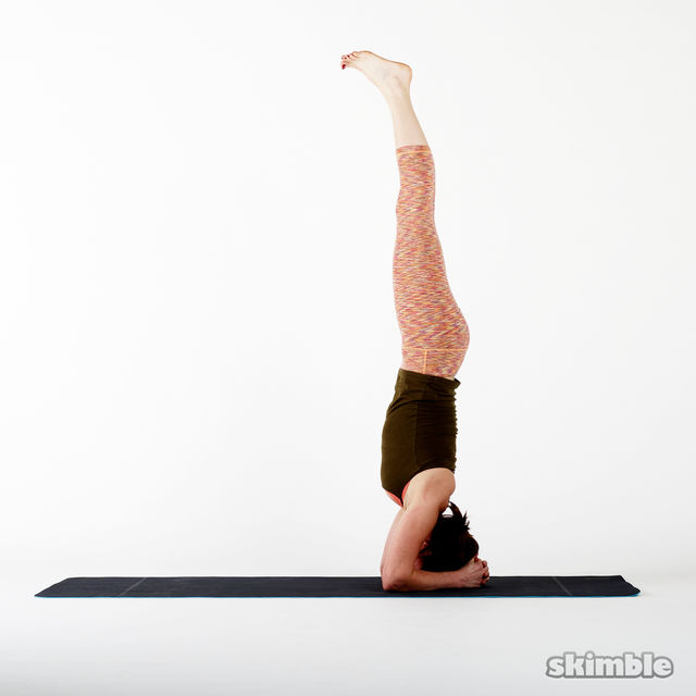 How to do: Headstand - Step 4
