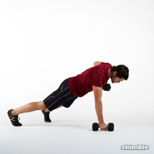 How to do: Dumbbell Renegade Rows - Step 3