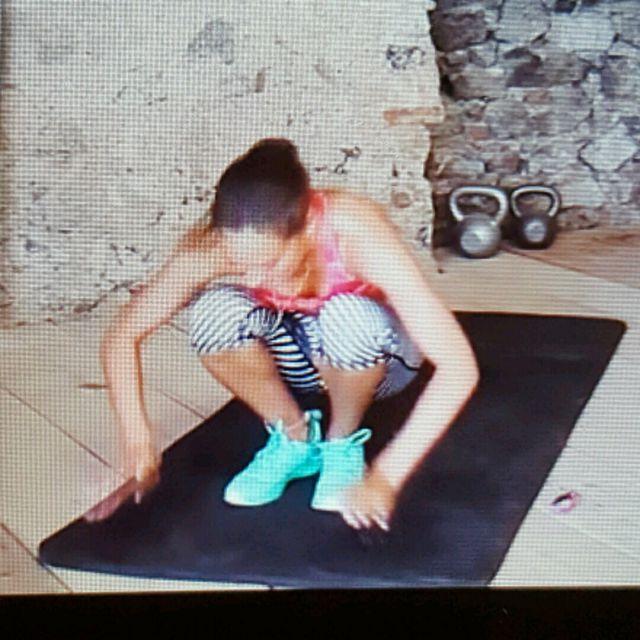 How to do: Get Up + Burpee - Step 2