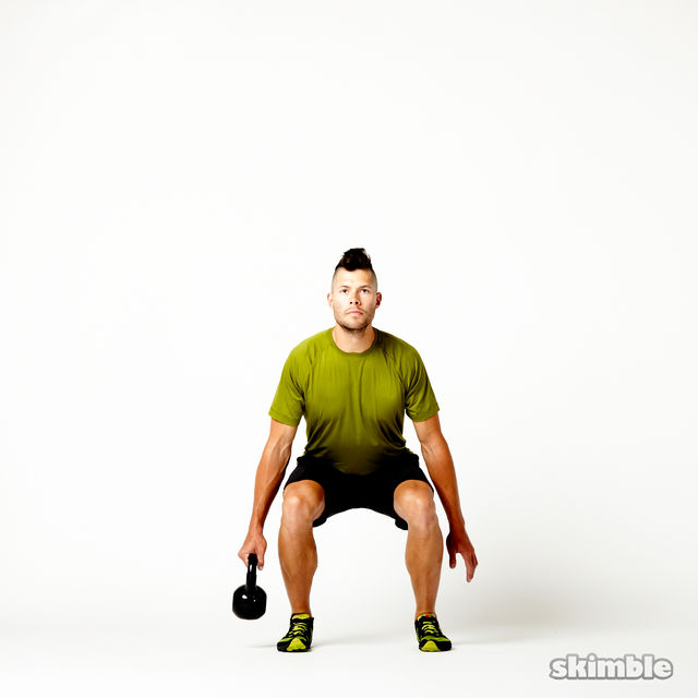 How to do: Right Suitcase Squats with Kettlebell - Step 1