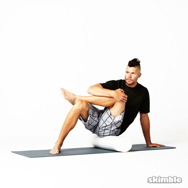 How to do: Advanced Left Glute Rolls - Step 2