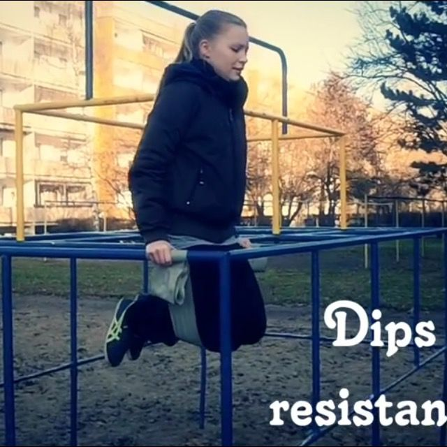 How to do: Dips With Resistance Band - Step 1