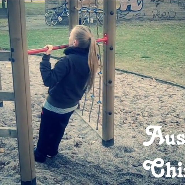 How to do: Australian Chin Up's - Step 2