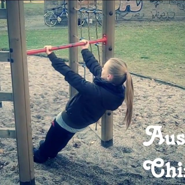 How to do: Australian Chin Up's - Step 4