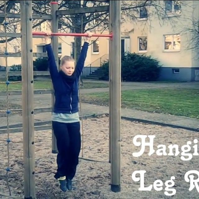 How to do: Hanging Leg Raise - Step 2