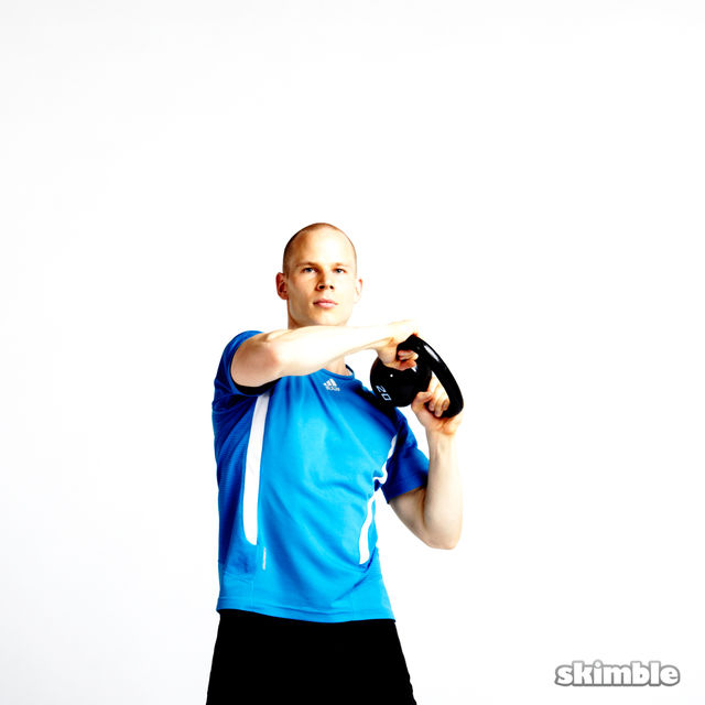 How to do: Kettlebell Halo - Step 4