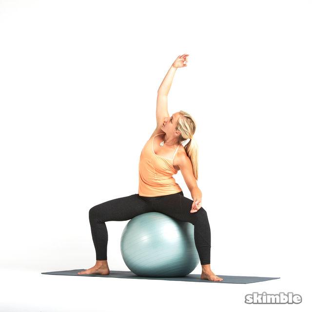 How to do: Goddess on Ball - Step 4