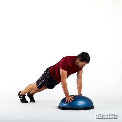 Push-ups on Kettlebell