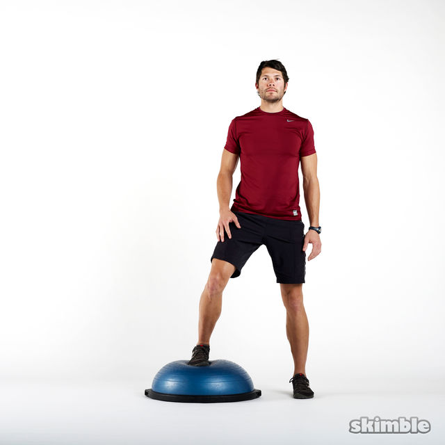 How to do: BOSU Left Offset Squats - Step 1