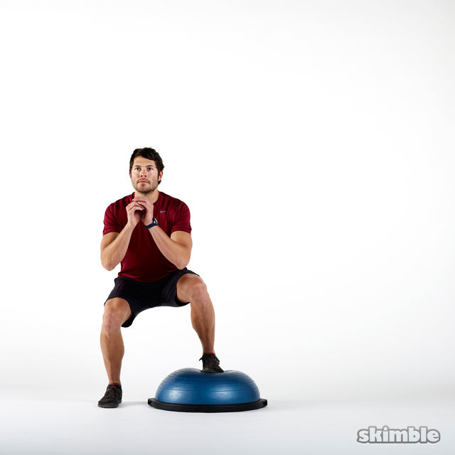 How to do: BOSU Right Offset Squats - Step 2