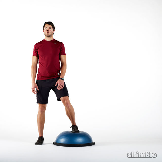 How to do: BOSU Right Offset Squats - Step 1