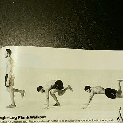 Single Leg Plank Walkout