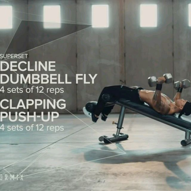 How to do: Decline Dumbell Fly - Step 1