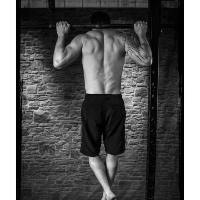 How to do: Neck Pull-up - Step 1