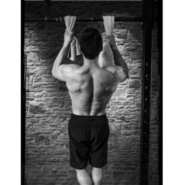 How to do: Double Towel Pull-up - Step 1