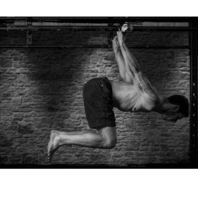 How to do: Back Hang Straight Back - Step 1