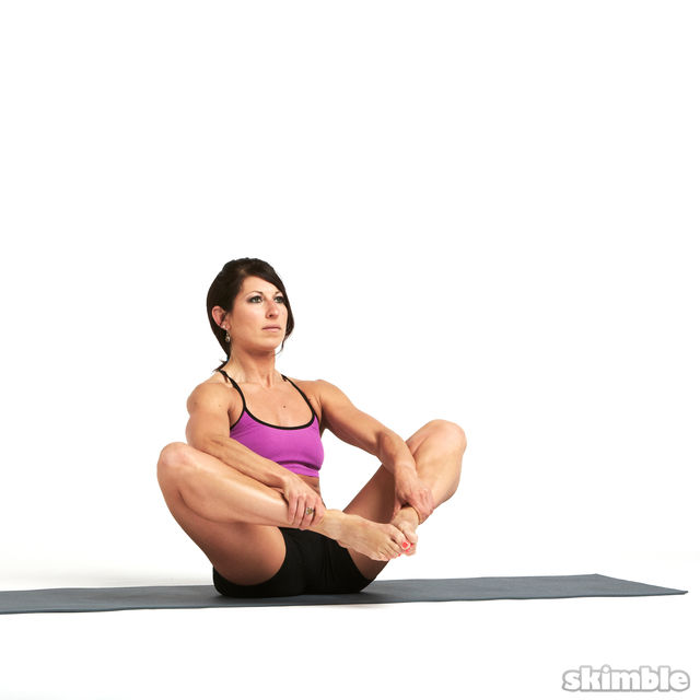 How to do: Butterfly with Leg Extension - Step 4