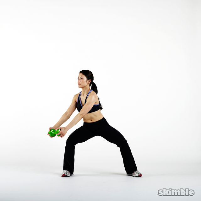 How to do: Left Dumbbell Woodchops - Step 1