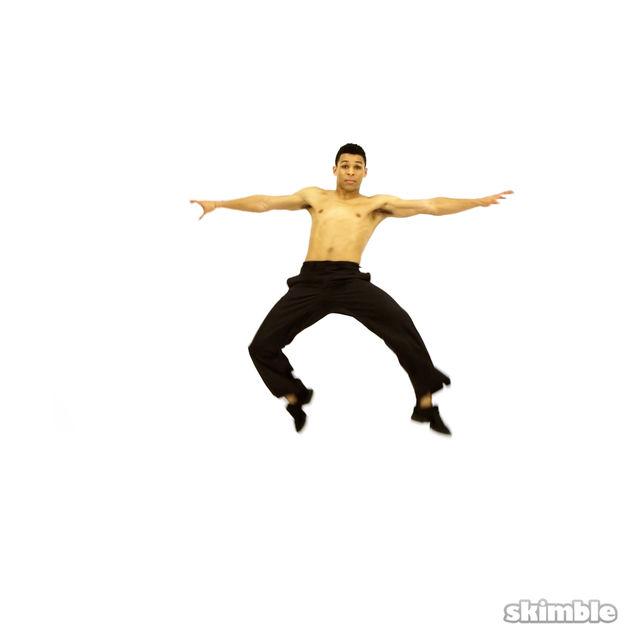 How to do: Arabesque Leap - Step 4